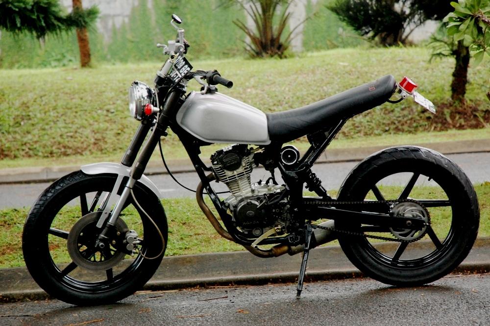 Honda CB 125 76 : Makin Keren