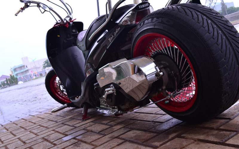warah Mio Low Rider: Terinspirasi Dari Mobil Hot Rod handal title=