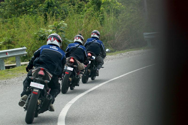 Touring Yamaha YZF-R15 Aceh - Medan 20
